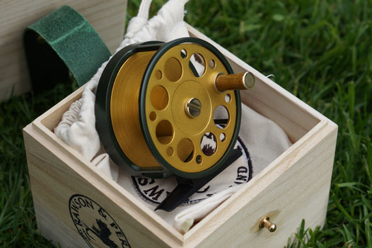 green-and-gold-fly-reel-2