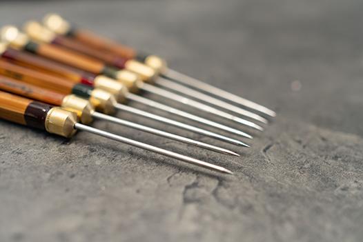 split-cane-dubbing-needle